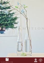 Wholesale Casamotion Crystal Small Long Slim Handmade Decorative Glass Bottle Vases for Wedding Centerpiece Artificial Flowers