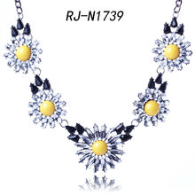 Gem Daisy necklace cheap fashion jewelry made in china