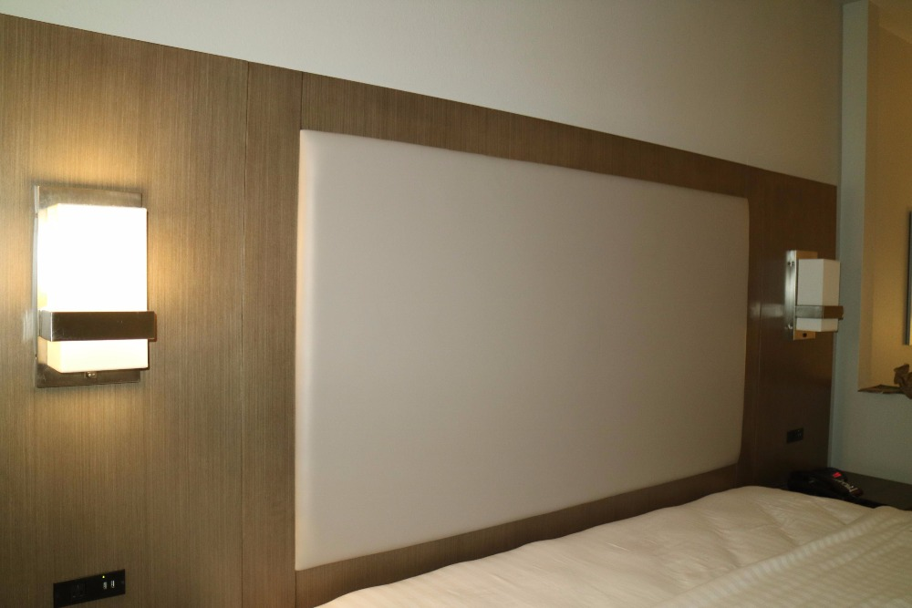 Holiday Inn hospitality furniture (HT-075)