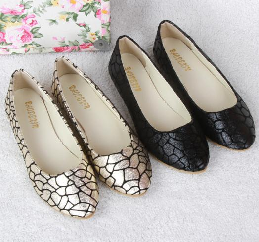2015 Europea and America fashion design lady flats shoes printed crazing elegant casual woman shoes with low-cut uppers