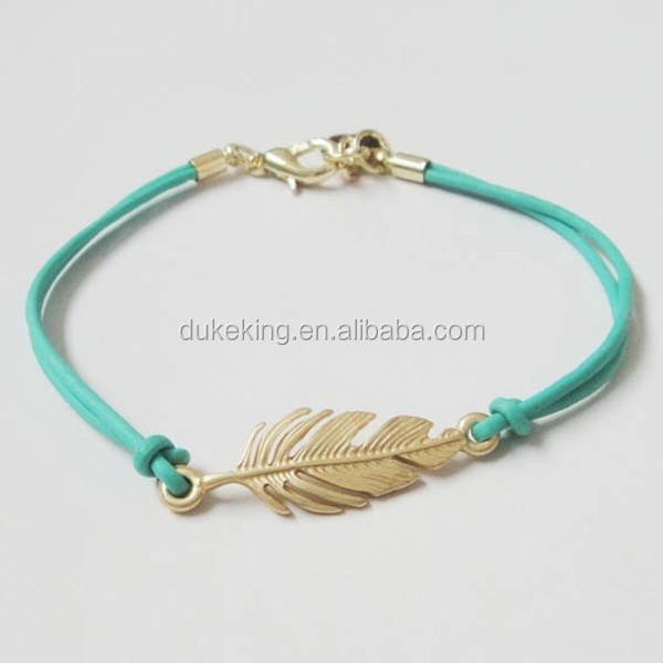 Wholesale Simple Leaf Bracelet with Leather Rope