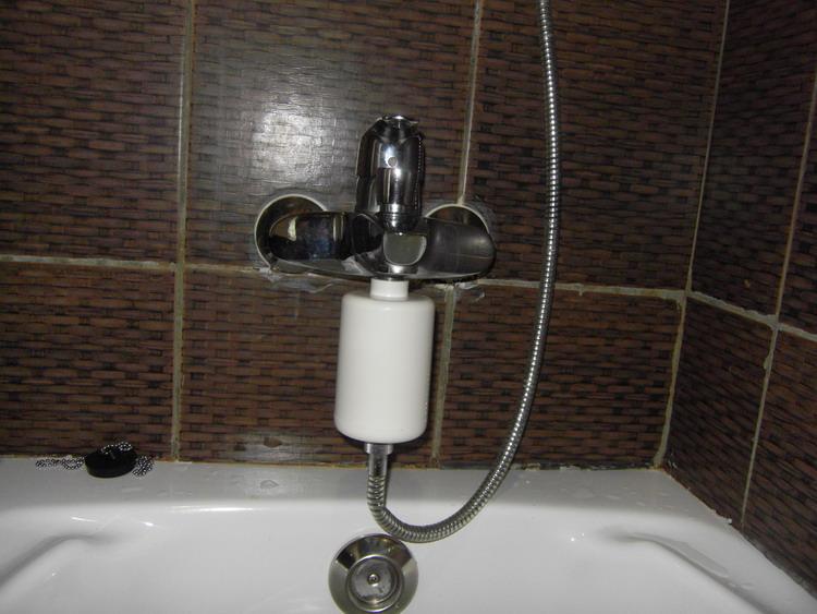 shower filter soften water buy shower filter household filter portable shower filter product. Black Bedroom Furniture Sets. Home Design Ideas
