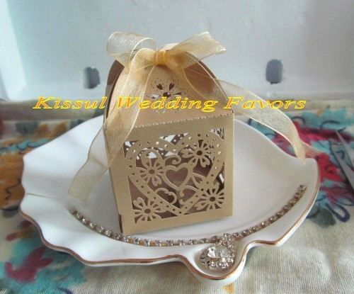 Newest Love Heart Laser cut Favor boxes For wedding Bombonieres and Party favor boxes