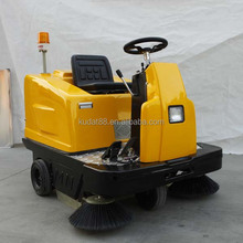 KMN-XS-1250 7000m2/h street sweeper machine