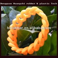 fashion silicone bracelet manufacture cheap customized silicone rubber hand bands