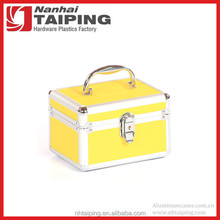 Yellow Aluminum Children Makeup Set Kids Vanity Case Travel Makeup Set