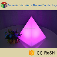 Waterproof Outdoor Pyramid Shape LED Color Change Decorative Garden Light