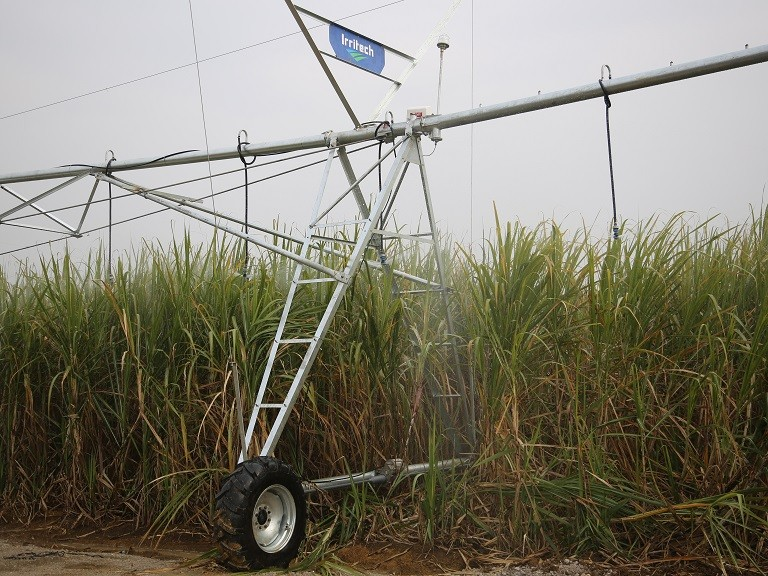 Valley style 8000 series Center Pivot High-Profile irrigation system