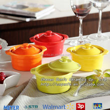 Solid color stoneware casserole wholesale cookware with lid