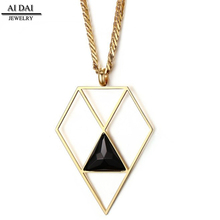 Hot Stainless Steel Black Triangle Crystal Necklace / Geometric Necklace / Diamond Shaped Necklace