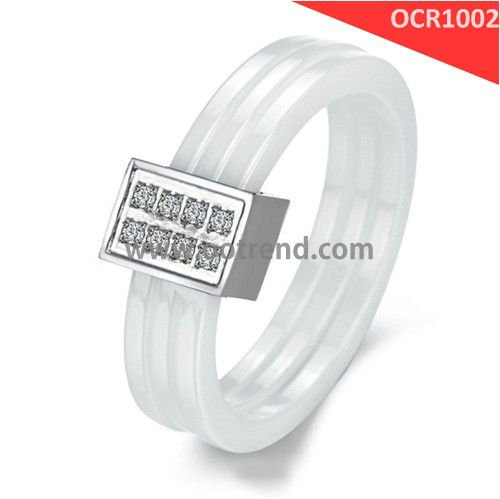 Best Seller Wedding Rings shiny finish with zircon stone inlay