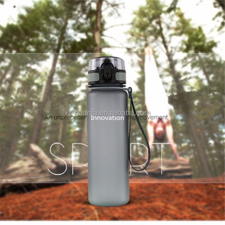 Building gym sports bottle shatterproof BPA free thermos frosted plastic camping shaker bottle with handle rope