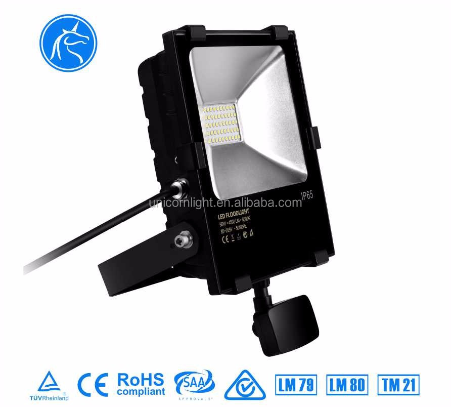 Top quality CRI80 aluminium cool white waterproof micro wave sensor 30 watt led flood light for warehouse lighting