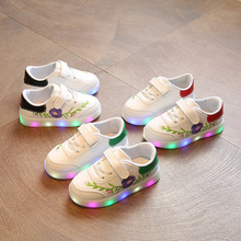 Amazon hot sale sport flat led light kids boy white shoes student sneakers shoes
