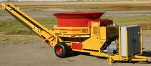HayBuster H-1130 Electric Hay Tub Grinder Animal Feed Hammer Mill