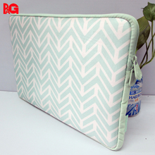 China Dong Guan Factory Neoprene Laptop Sleeve for Apple Laptop s Macbook pro