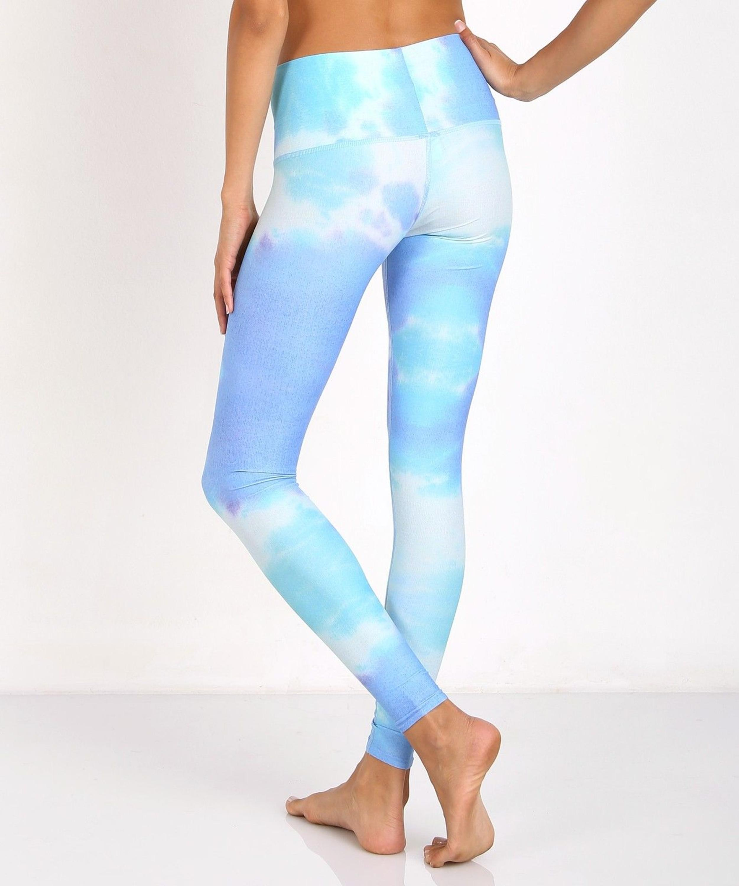 The blue sky color legging pants yoga pants for women