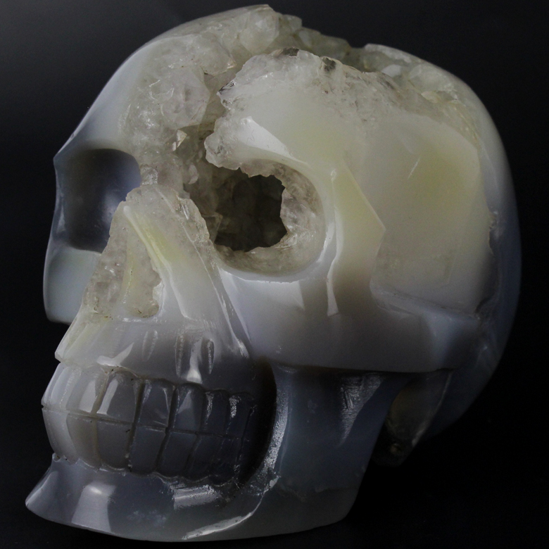 5 inch natural hand carved stone agate skull, agate geode skull