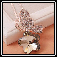 2015 Korean Latest Beautiful Elegant Yellow Crystal Butterfly With Flower Necklace For Women