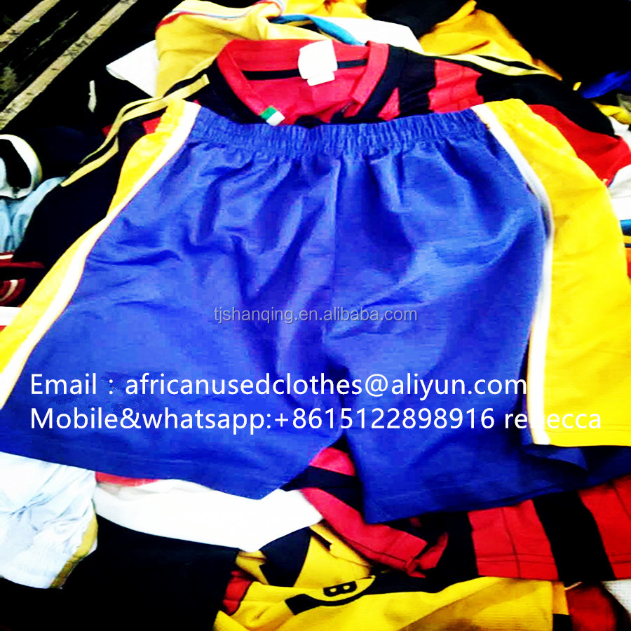 used clothing / men colourful sports shorts