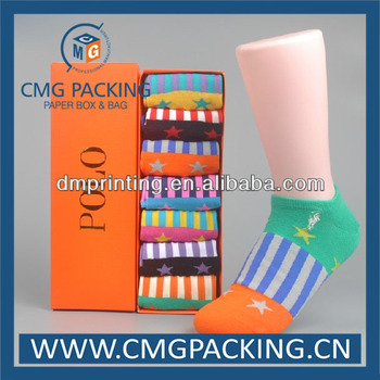 colors printed paper gift boxes of socks
