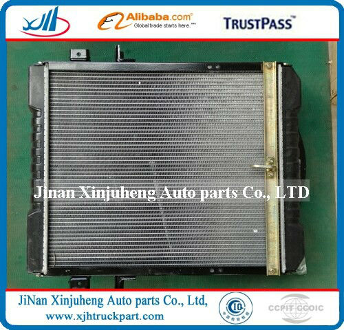 Auto and Truck spare part tata radiator 1106913100033