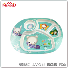 Food grade 4 compartments children dishes hot sale 100% melamine with cup holder