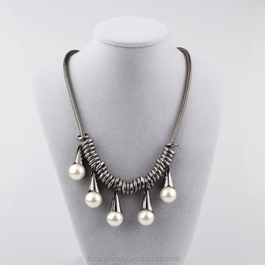 Fashion Gun Black Chunky Necklace Pearl Necklace Pendant Necklace