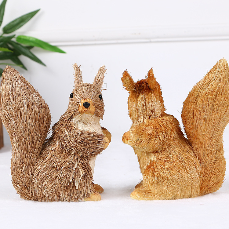 Wholesale rural squirrel handicraft decoration for fashion window displays