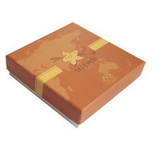 Customized Size Flower Pattern Gift Paper Packaging Box