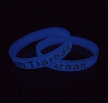 Glow in the dark silicone wristbands with sayings