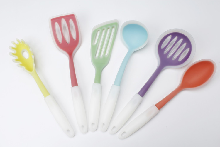 Hot selling colorful silicon kitchen utensils The lowest price