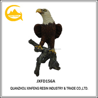 Resin natural color eagle sculpture for home decoration