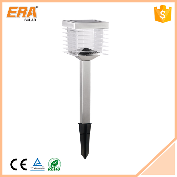 New design hot selling factory price spikes for solar lights