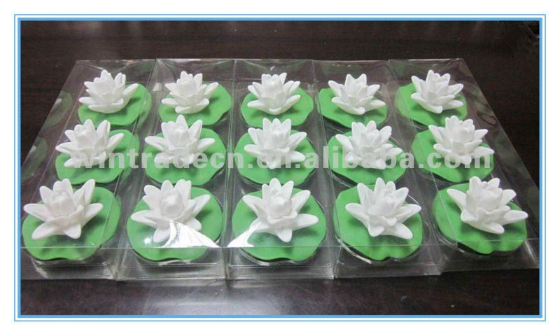 Decorative Floating Lotus Flower,LED Flashing Water Lily Bath Toy