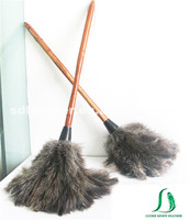 60cm long wooden handle ostrich feather duster for cleaning
