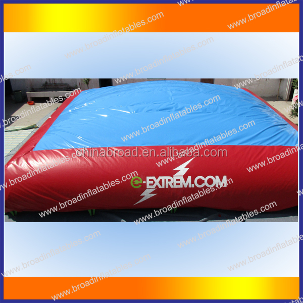 PVC Material and Castle Type Stunt air bag for skiing