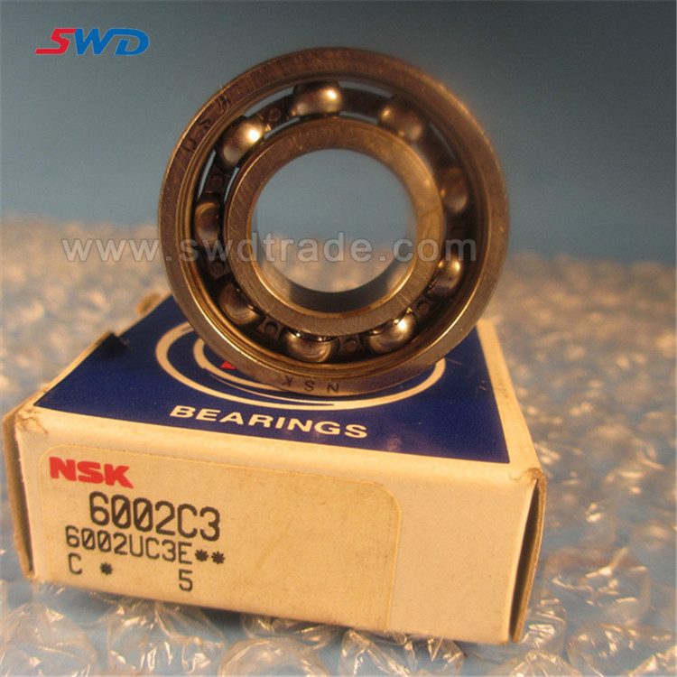 many size of Deep groove ball bearing NSK 6002