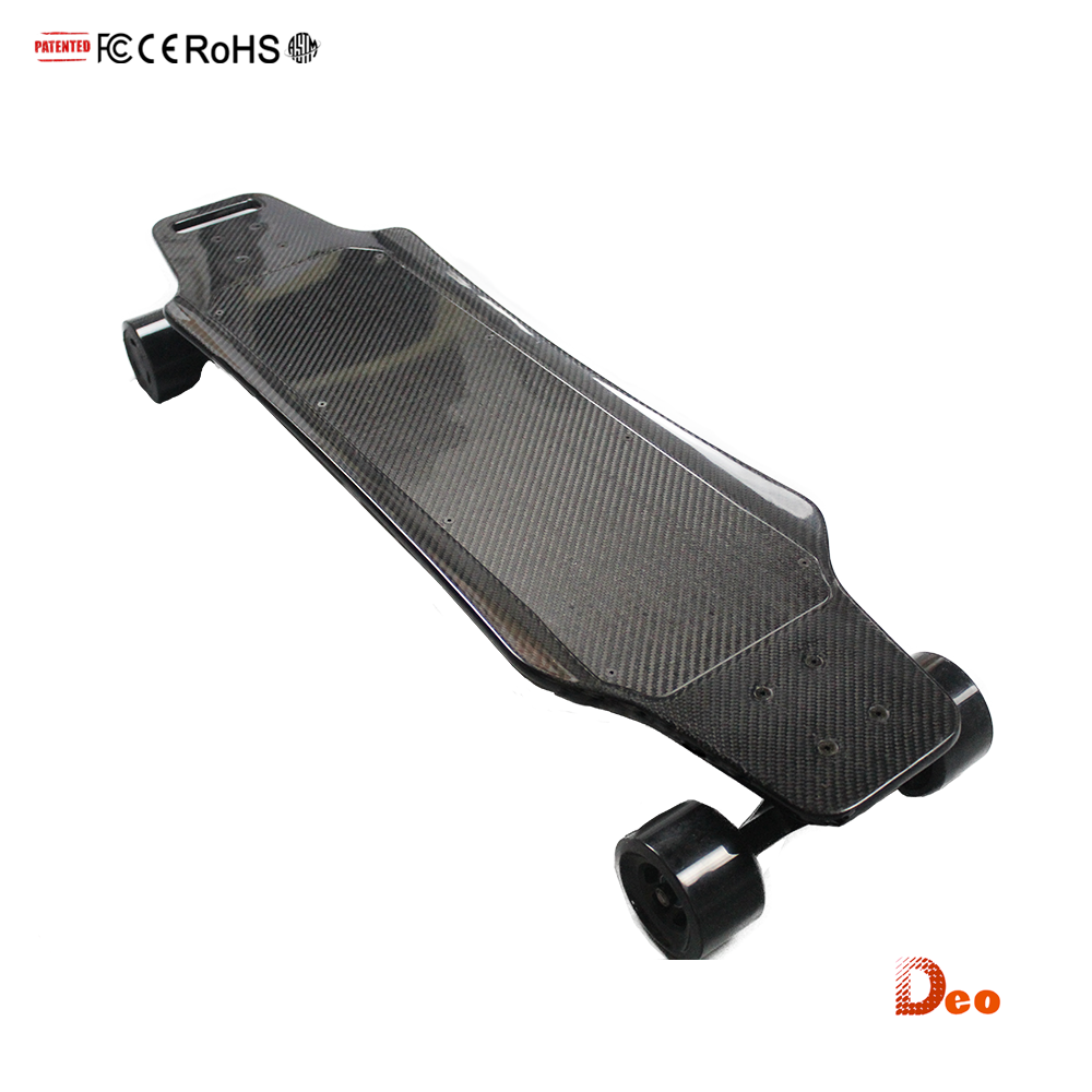 Light weight 5.5kg 7AH 252WH 2.4 G wireless remote 3000W dual motor Carbon fiber e wheel skateboard electric