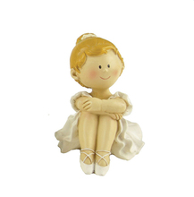 Lovely Resin Ballet Dancer Figurine for Christmas Birthday Gift