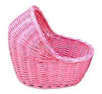 Willow weaved pet basket with cover