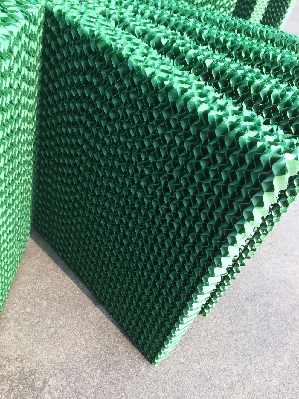 Main cooling pad with green color