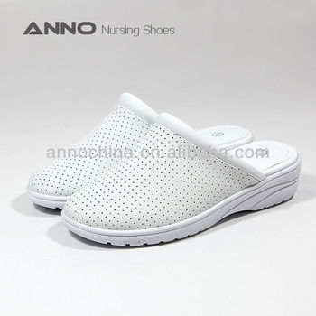 Anti-slip Medical shoes nurse shoes : LE1103