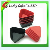 New Arrival Triangle Shape Colorful Silicone Cups Cake Molds Kitchen