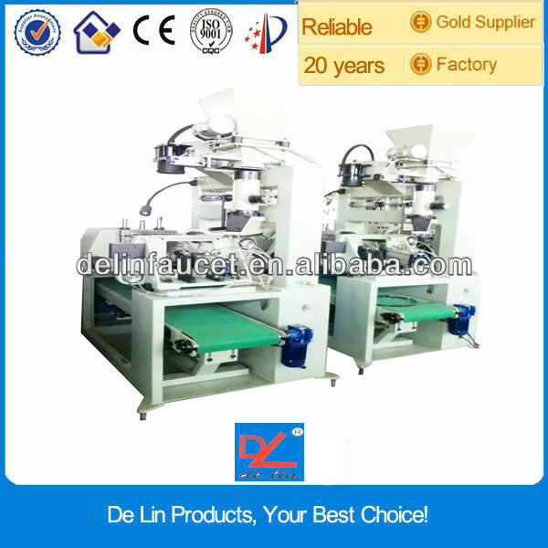 automatic resin transfer molding machine