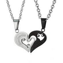 Factory cheap wholesale stainless steel engraved broken heart pendant necklace