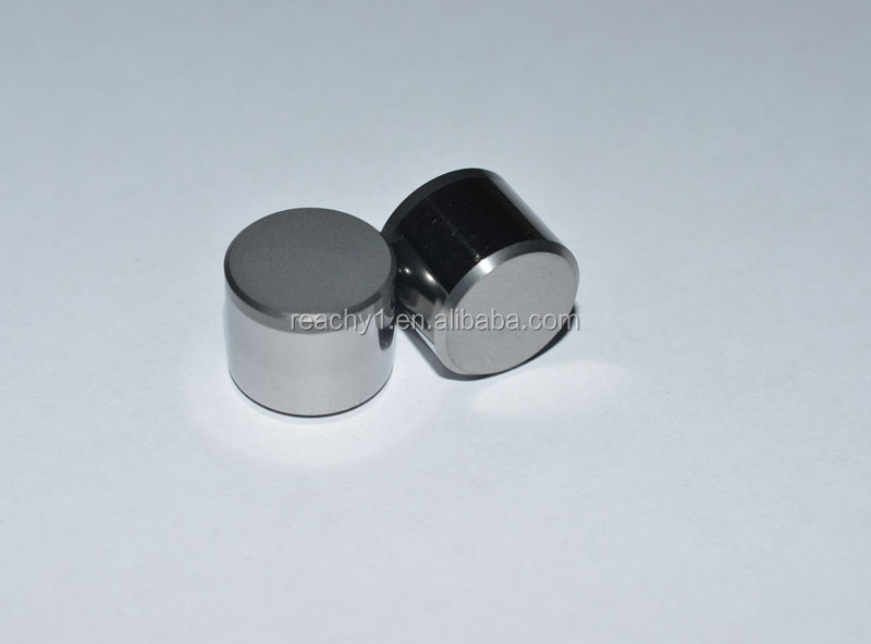 Polycrystalline diamond cutters for drill tools