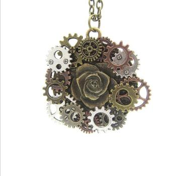 Vintage old industrial machinery era DIY gear surround rose pendant steampunk necklace