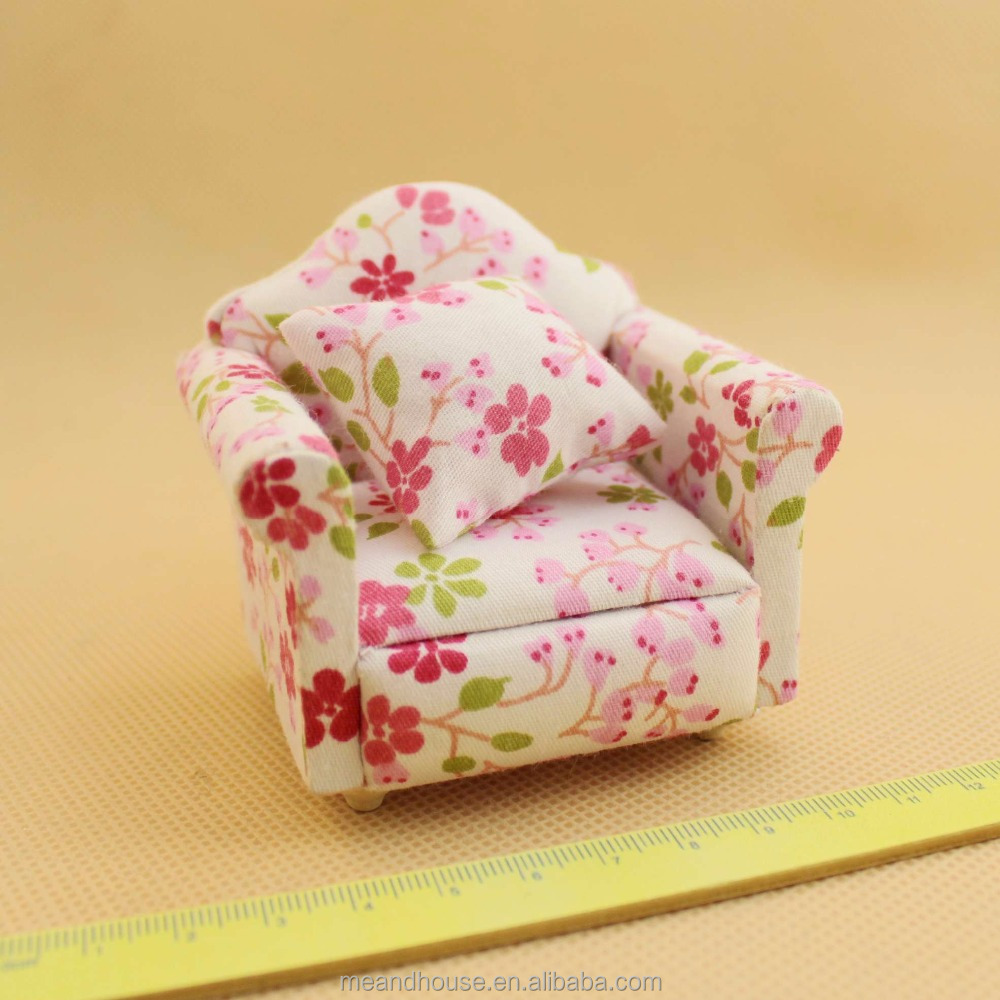 1:12 scale Doll house Miniature furniture upholstered sweet Sofa armchair chair toy
