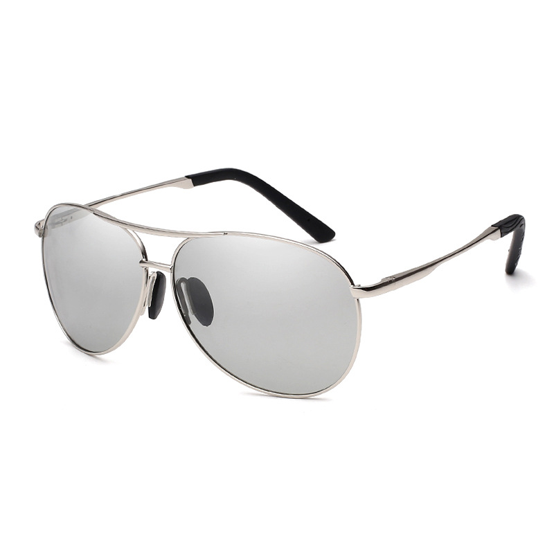 28573b7a38 Retro metal men and women  strong photochromic  strong  polarized  strong